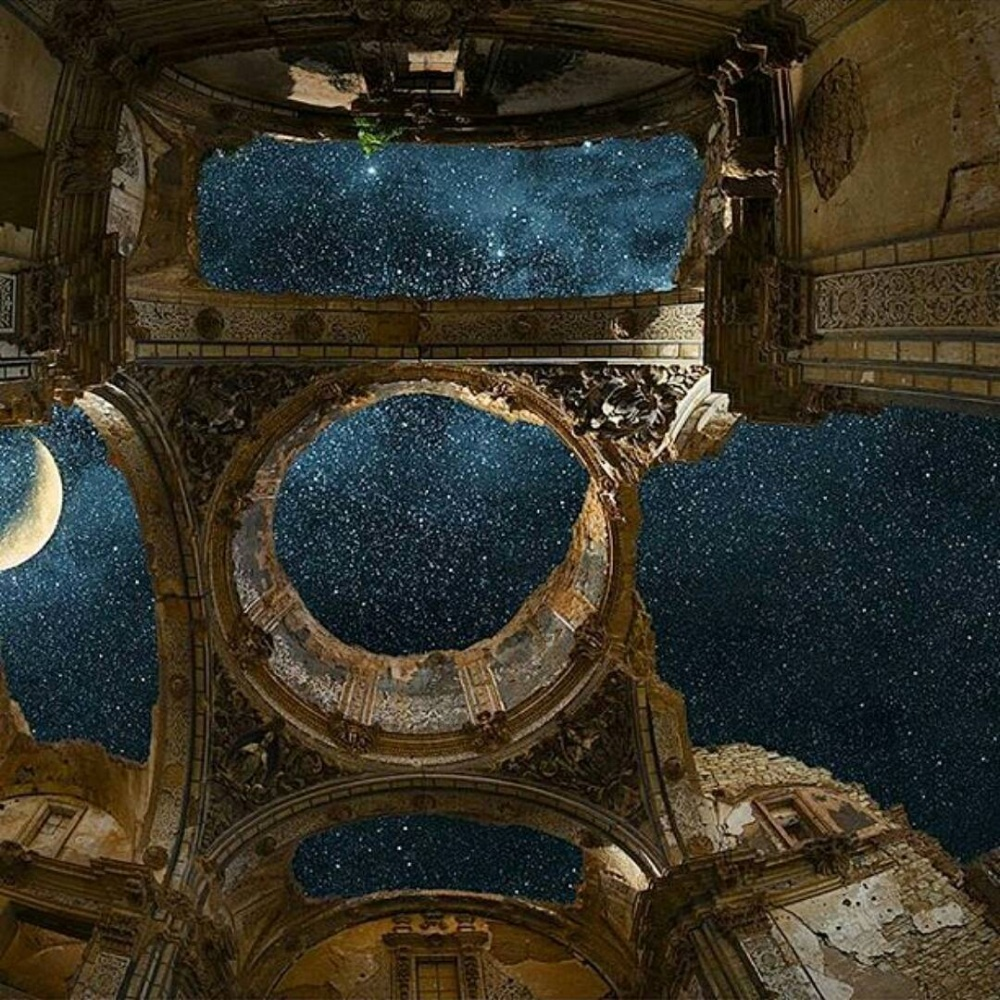 BrightSide - 25 Truly Stunning Shots of Abandoned Places